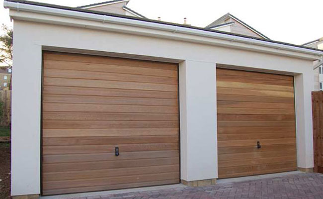 garage door service Milwaukee
